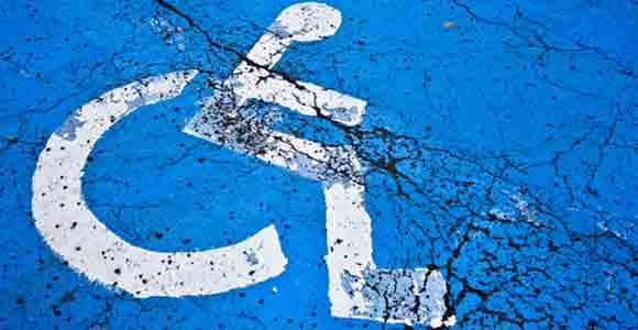 estacionamentos idosos e deficientes